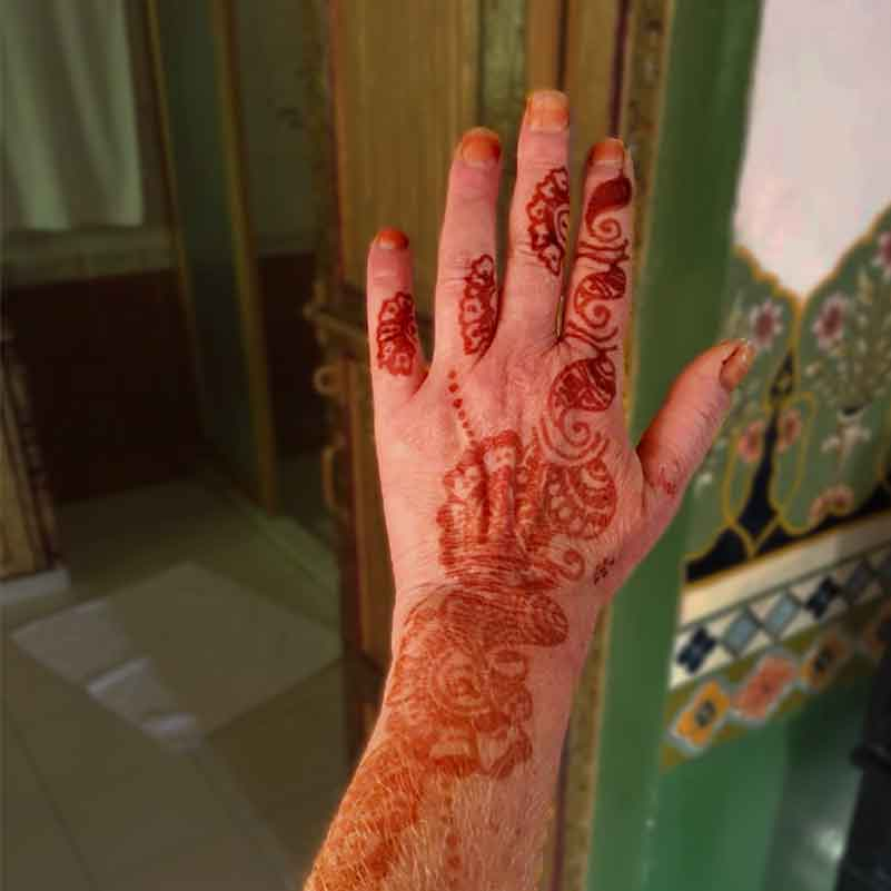 De Kapper - Mehndi tatoeage
